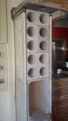Set of wine cellar foer wall in a bar with Modules WineMOD.